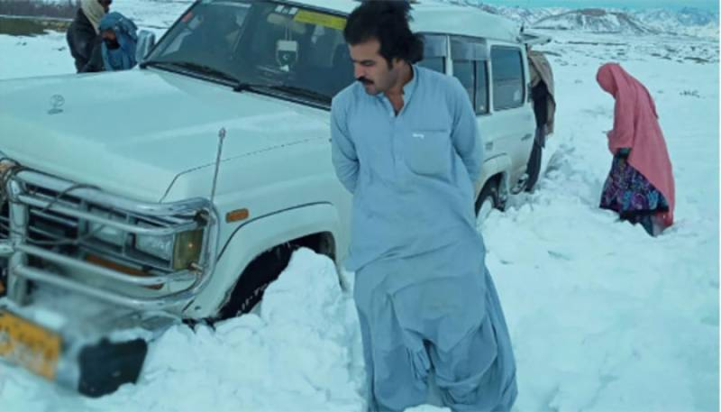 Pakistan hails Suleman Khan for rescuing more than 100 people stuck in Quetta snow