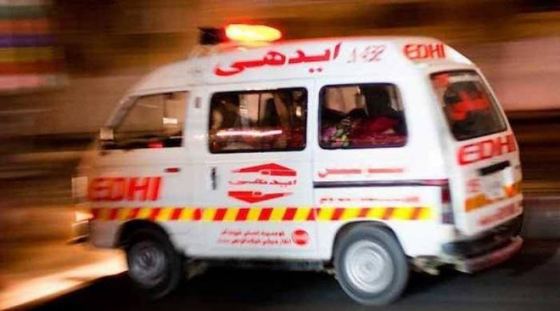 Two killed in Gujranwala van, rickshaw collision