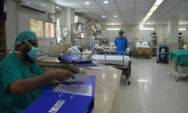 Balochistan doctors allowed to carry out private practice in government hospitals