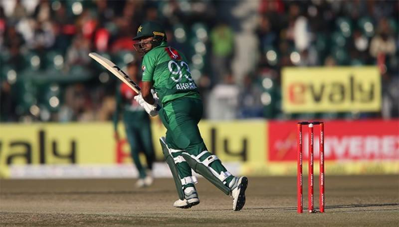 Pakistan beat Bangladesh by 5 wickets in first T20