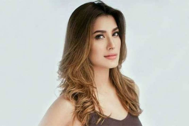 Had the misfortune to use the ladies room at Karachi airport – dirty and stinking: Mehwish Hayat