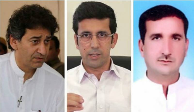 KP governor sacks three PTI ministers