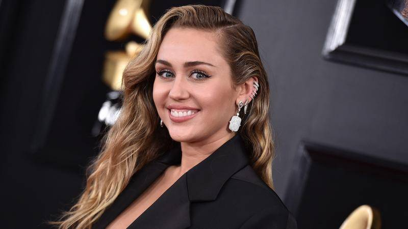 Why Miley Cyrus missed the 2020 Grammy Awards?