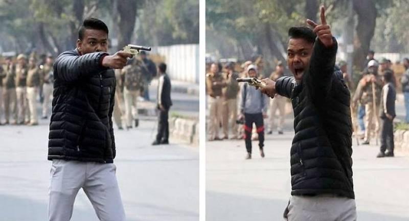 Anti-CAA demos: Hindu extremist opens fire on Jamia Millia Islamia protesters in New Delhi