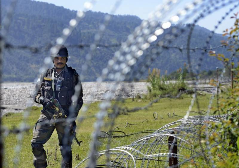 Indian soldier killed as Pakistan responds to LoC violations