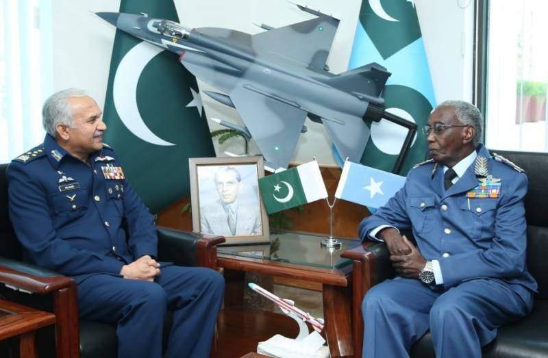 PAF Chief, Somali Air Force Commander discuss ways and means to further enhance cooperation