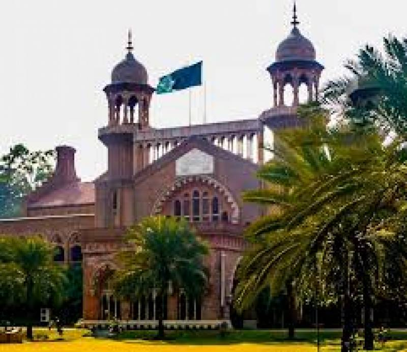 LHC bans polythene bags at all stores and hotels in Lahore