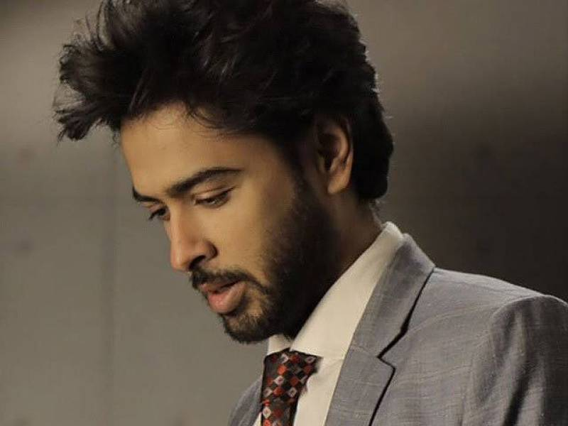 I request everyone to not shake hands: Shehzad Roy