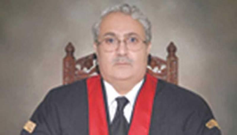 Justice Mazahir Ali Naqvi sworn in as SC judge