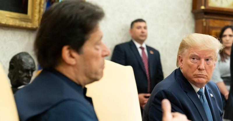 Imran urges Trump to lift sanctions on Iran amid coronavirus pandemic