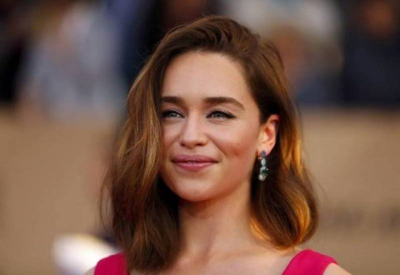 GOT star Emilia Clarke auctions off dinner date for COVID-19 relief donations