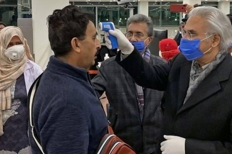 Pakistan's Supreme Court orders to remove top coronavirus doctor