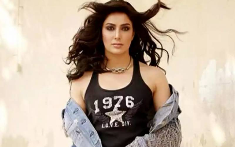Mehwish Hayat calls out India for using COVID-19 to fuel Islamophobia