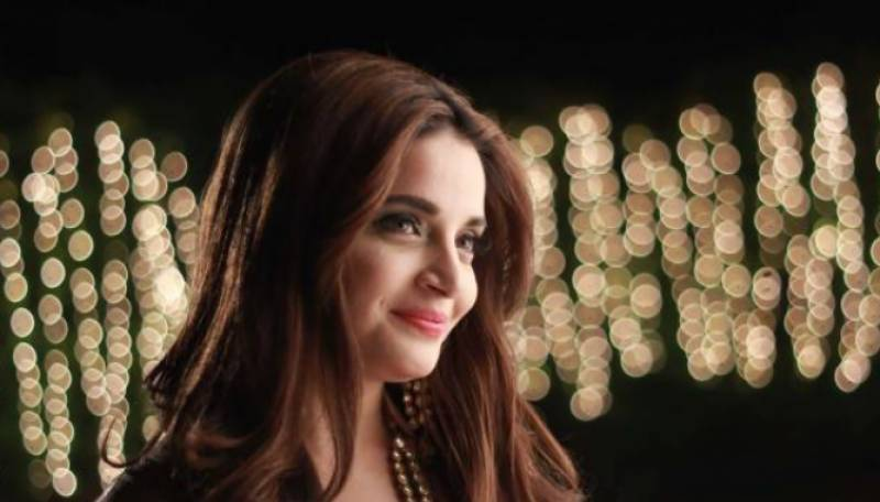 Armeena Khan slams lock down violators in showbiz industry