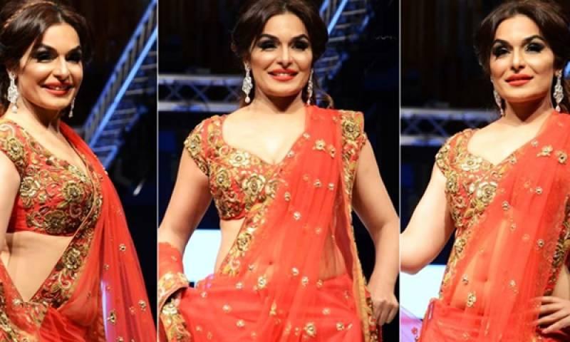 Meera recalls memories with Rishi Kapoor in a sentimental video