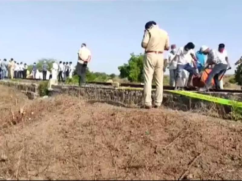 India train kills 14 migrant workers sleeping on track