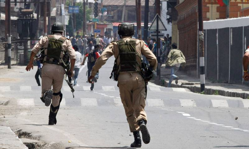 Indian troops shoot Kashmiri man dead, triggering fresh protests