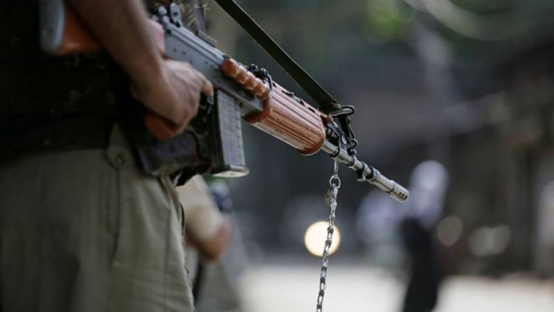 Two young Kashmiris martyred, Indian soldier killed in IoK