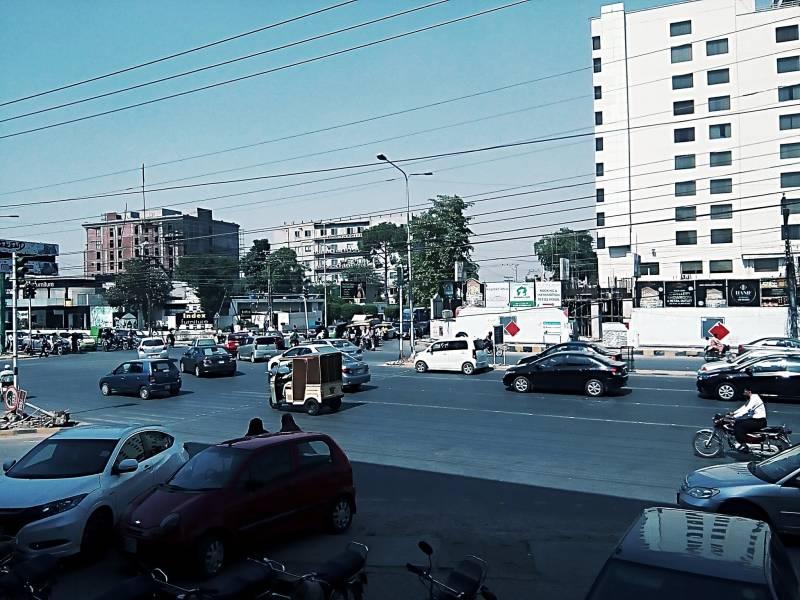 Buzdar lays stone for Lahore's Firdous Market underpass