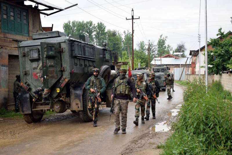 Four young Kashmiris martyred in fresh act of Indian terrorism
