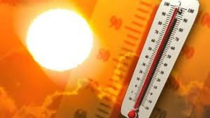 Lahore temperature hits 44°C on second day of Eid