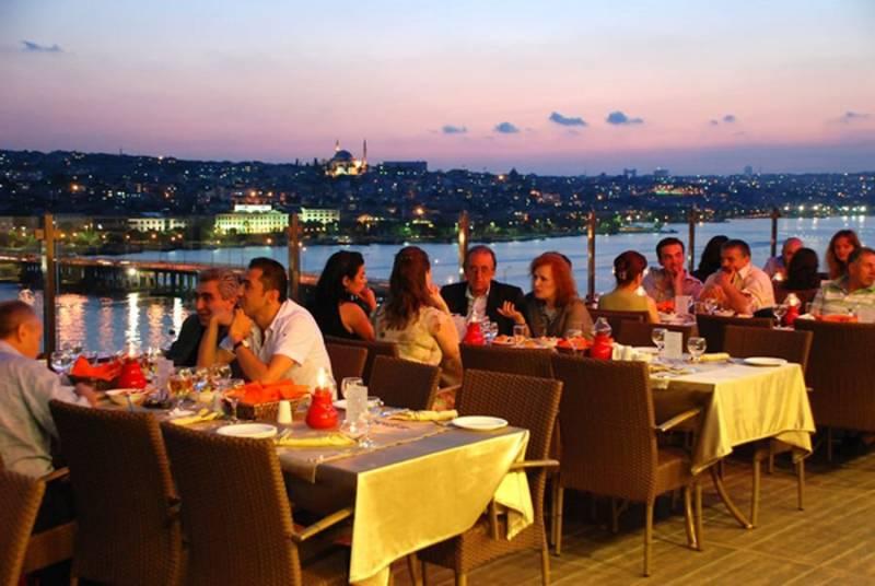 Turkey reopens restaurants, cafes as lockdown eased
