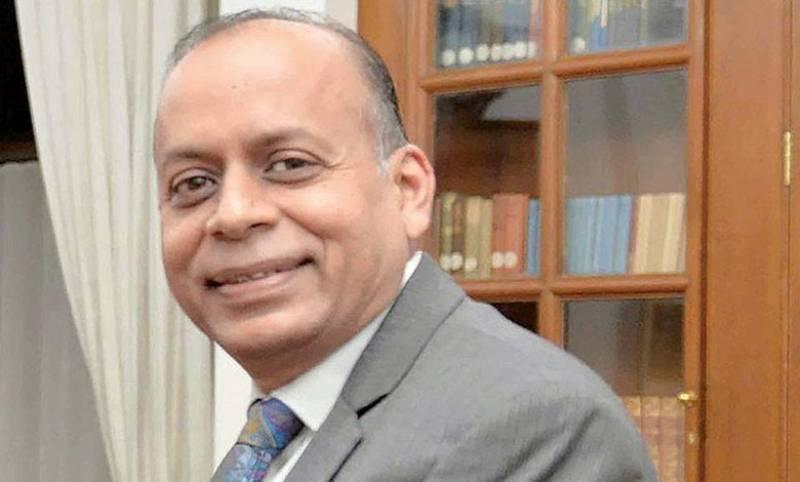 India's defence secretary contracts coronavirus