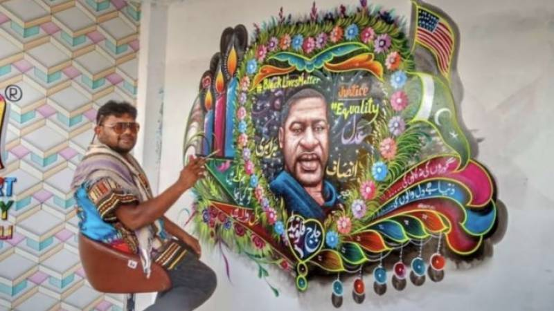Pakistani truck artist paints a stunning mural to honour George Floyd