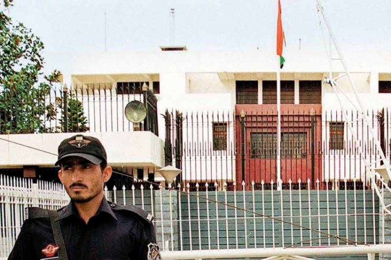 Pakistani police arrest two Indian high commission employees