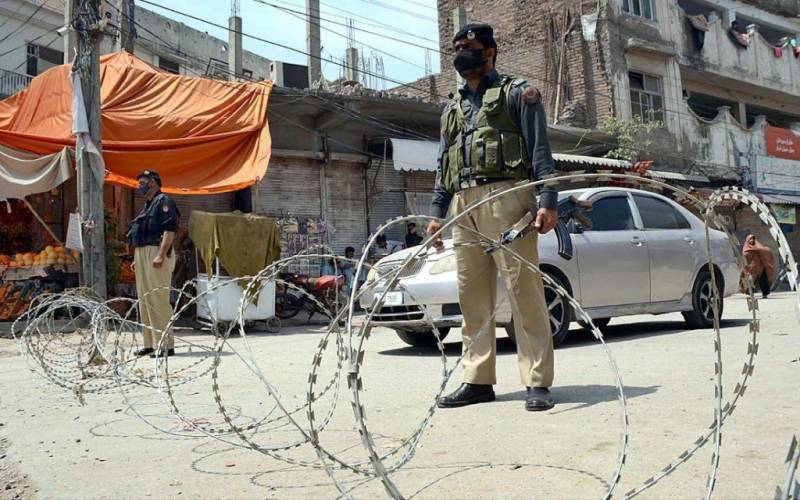 862 markets, 9 industries sealed for SOPs violation across Pakistan in 24 hours