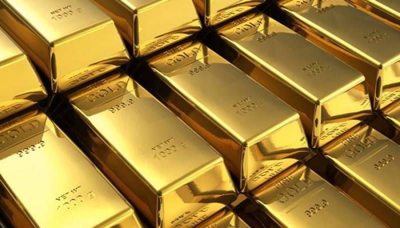 Gold price rises to Rs104,400 per tola