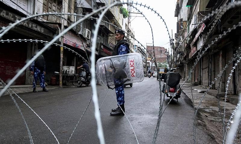 India bans Muslim gatherings but allows Hindu pilgrimage in occupied Kashmir