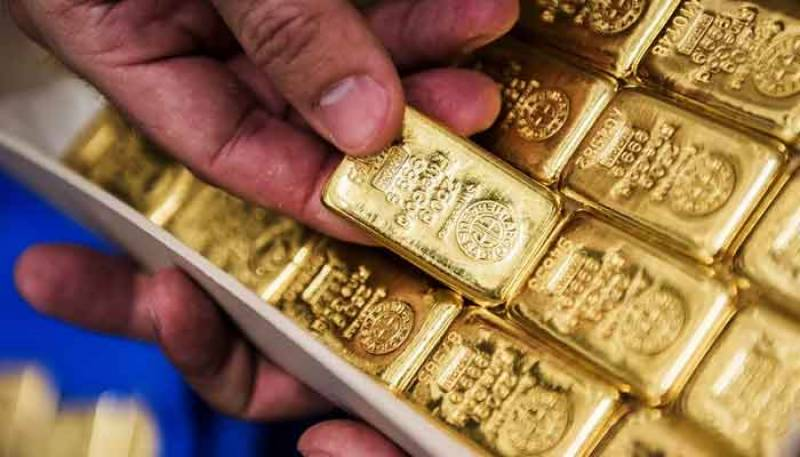 Gold price increases by Rs800 per tola