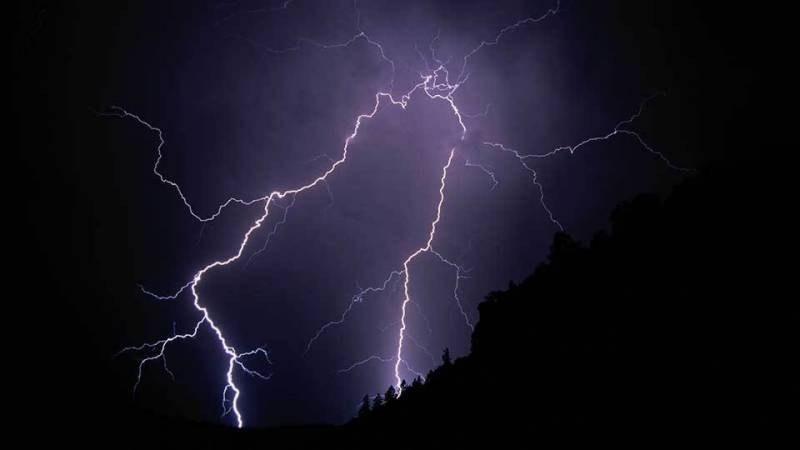 Lightning strikes kill at least 16 in India