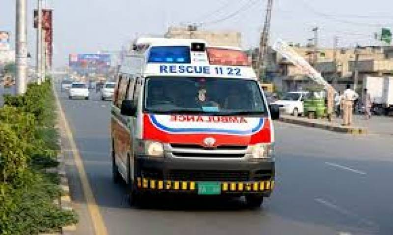Four of a family killed after trailer crushes bike in Lahore