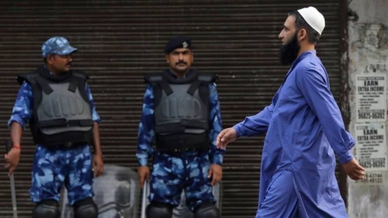 India orders closure of mosques, shrines for Eid prayers in IOK