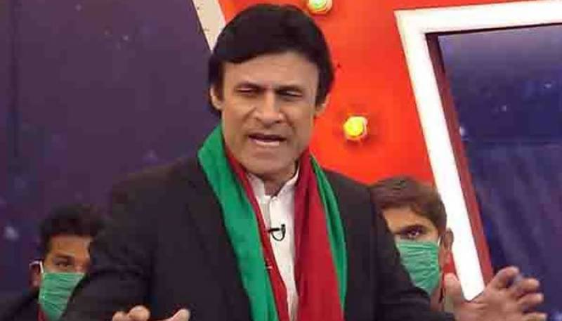 Comedian Farrukh Shah who impersonated as Imran Khan in TV shows dies of heart attack