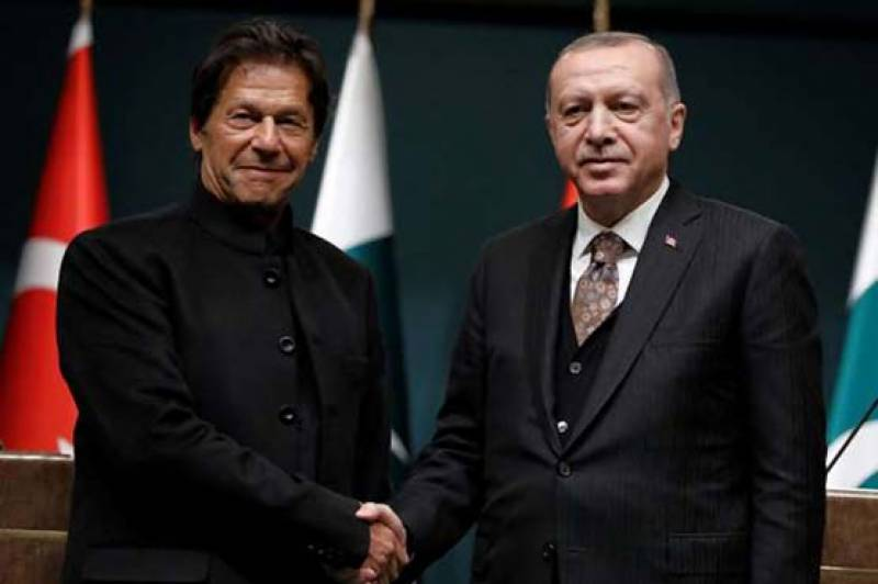 Pakistan, Turkey to stay in close contact on all issues of common interest