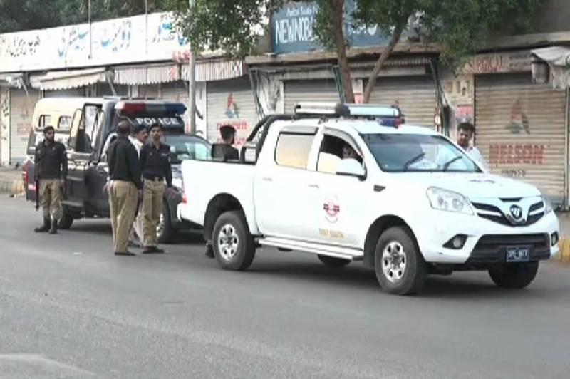 Man killed in cops' firing in Karachi