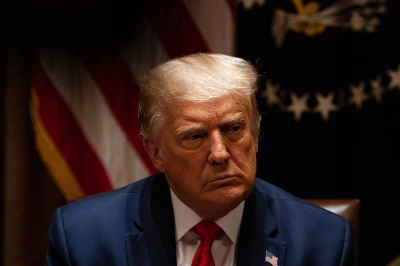 US President Trump signs executive order on banning transactions with TikTok's developer