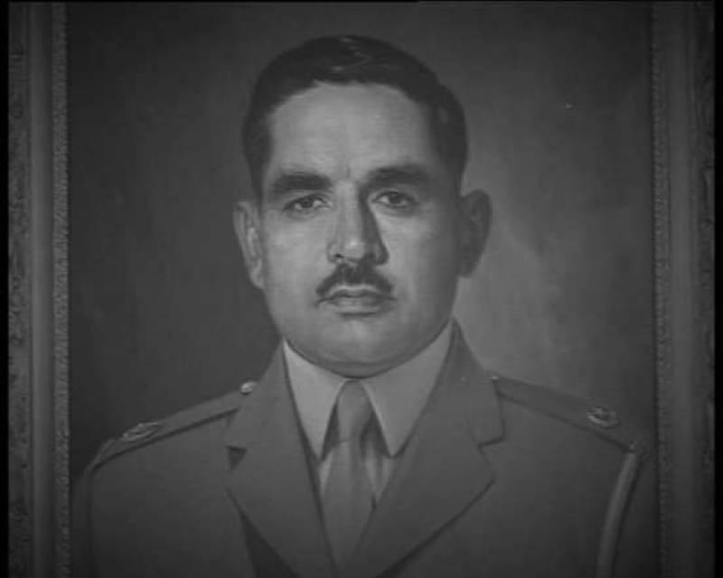 Pakistani Army pays homage to Major Tufail Shaheed