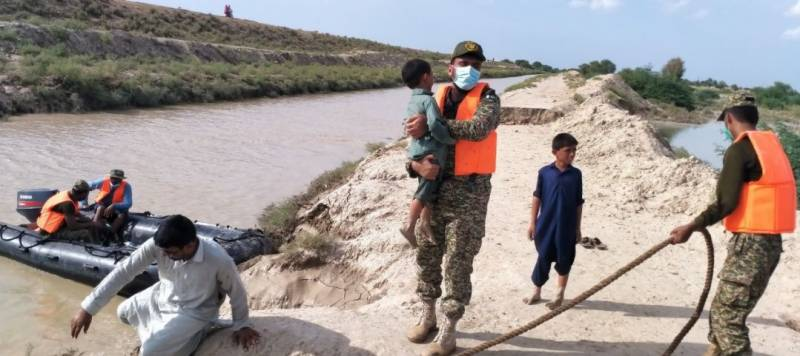Pakistan Navy carries out rescue, relief operation in flooded villages of Dadu