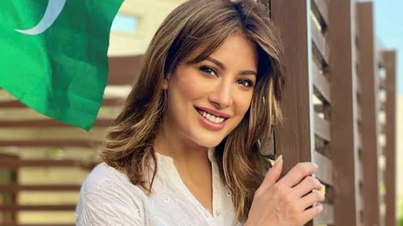 Mehwish Hayat calls out Indian media for spreading false news about her