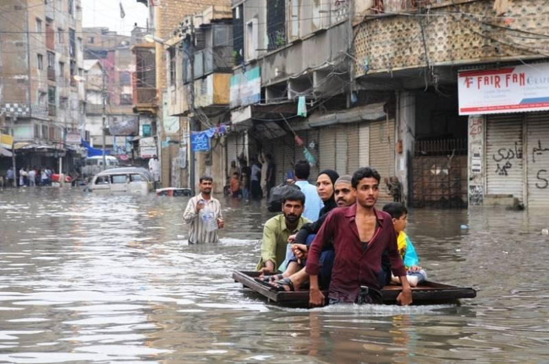 PM Imran directs to finalize 'Karachi Transformation Plan' this week