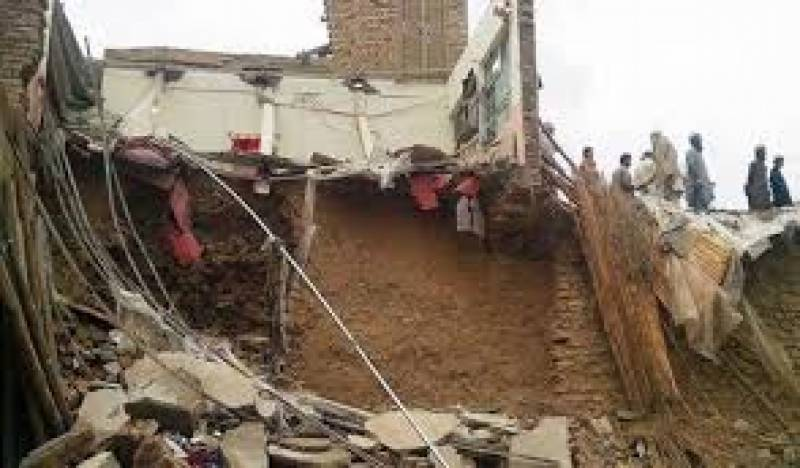 Roof collapse incident claims five lives in Swabi