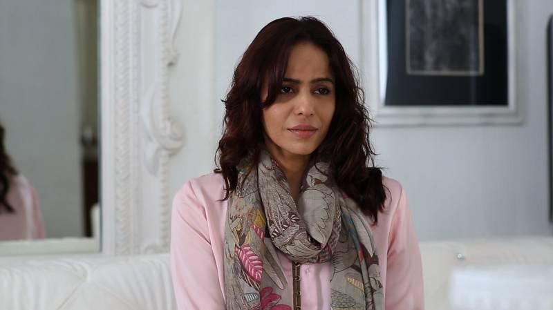 Zainab Qayyum shares her stance on Nauman Ijaz' controversial statements