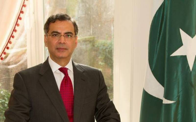 Moazzam Khan assumes charge as high commissioner to UK