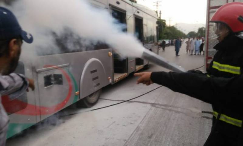 KP temporarily suspends Peshawar BRT service after fire incidents