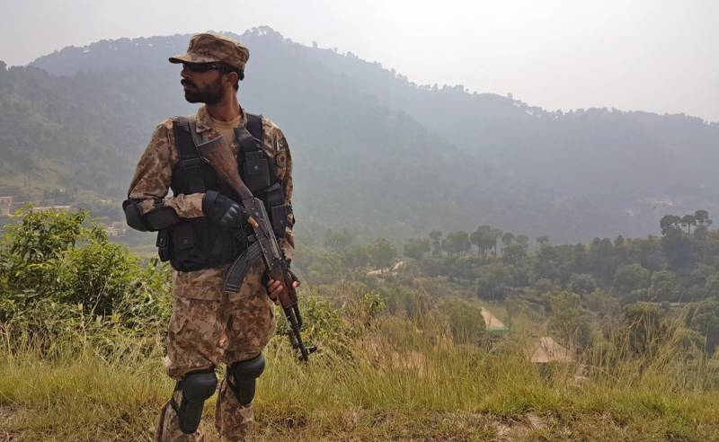 Indian troops intentionally target civil population, ISPR briefs Int'l delegates at LoC