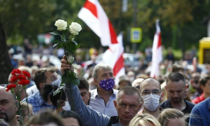 US State Department warns Americans to avoid gatherings in Belarus, stay alert